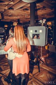 Photobooth fotografisanje rođendana vjenčanja zabava