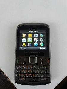 Motorola nov mobitel