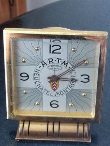 Stoni sat Luxor osmodnevni exszra tačan