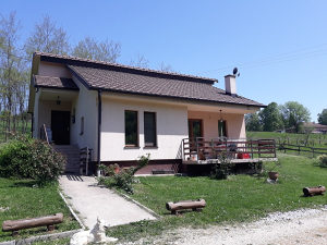 Kuća na većem placu, 200KM, Barlovci, B. Luka