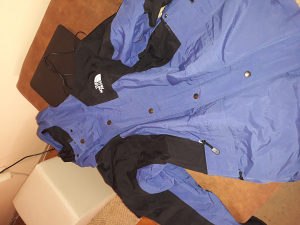 North Face jakna