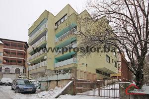 PROSTOR prodaje: Četverosoban stan, Stari Grad