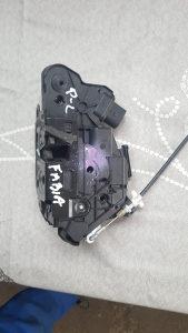 Zabravak Skoda Fabia II prednji lijevi