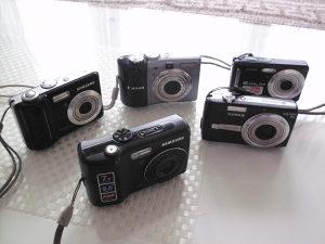 Fotoaparat Samsung 2kom,,Canon,FUJIFILM I CASIO