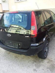 Ford Fusion 16diz. 2006god.