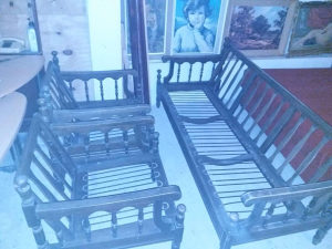 Trosjed i dvije fotelje (konstrukcija)