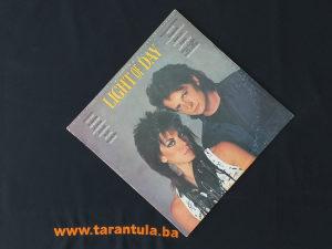 Light Of Day LP / Gramofonska ploča !!!