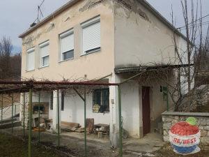 Best kuća i zemljište, Dobroševići, Novi Grad