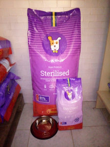 Hrana za pse Husse Sterilised 15kg +2kg+GRATIS posuda