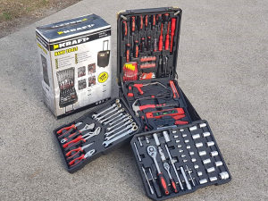Kofer set alata alat kljucevi gedore 326 dijela swis