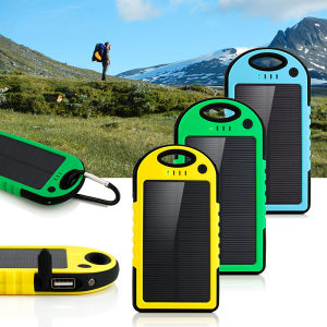 Solarni punjac power bank sa LED lampom