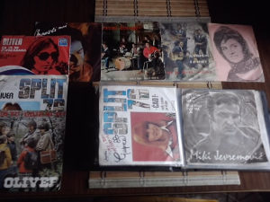 gramofonske ploce - album + 40 singlova domacica