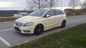 Mercedes B 180 model 2014 automatik 7G POVOLJNO