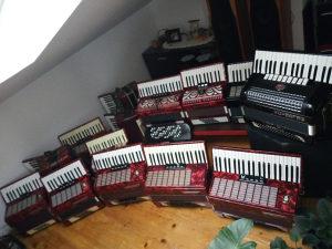 Harmonike od 32-120 bas VELIKI IZBOR