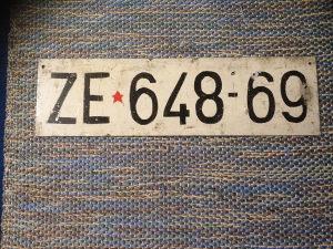 Registarska tablica Ručni rad