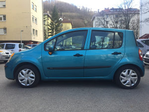 Renault modus 1.2 benz. 87200 km prešao ocarinjen