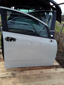 Prednja Desna Vrata Fiat Grande Punto 2012