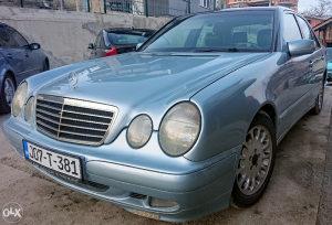Mercedes E220 CDI TEK REGISTROVAN + ide polica