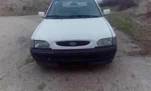 Ford escort 3