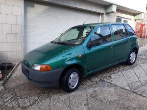 Fiat Punto 1,1 benzin.tel.065640848.ISPRAVAN MAXIMALNO.