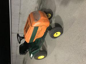 Traktor Briggs kosacica