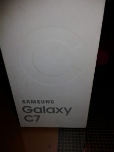 Kutija Samsung galaxy c7