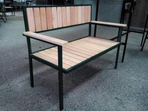 Bastenski namještaj , dvosjed , stolice , stolovi