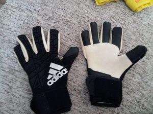 Adidas golmanske rukavice