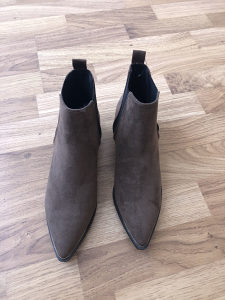 Zenske gleznjace cizme Velicina 38