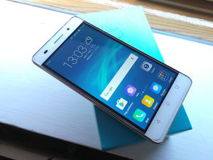 Huawei Honor 4C / G Play Mini *POVOLJNO*