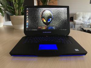 Alienware 15 R2 i7-6820HK 2.6GHz 16GB RAM R9 395X 4GB