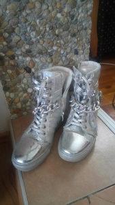 Zenske duboke cipele