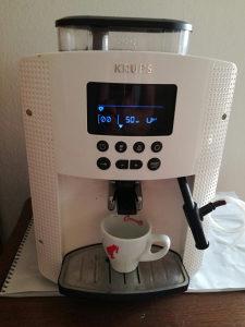 POVOLJNO...Kafe aparat KRUPS EA8150