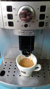 Kafe aparat Delonghi MAGNIFICA'S