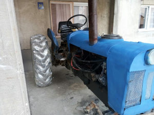Traktor Zetor Super 50