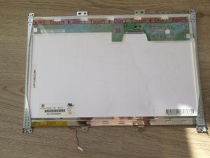 Acer travelmate display