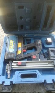 Gasni/plinski pištolj za eksere