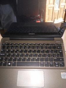 Laptop madion 10.1 tac displej