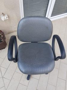 Stolica za šišanje salon Ambience