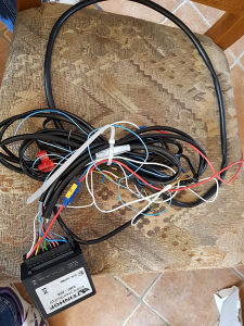 Kablovi za auto kuku univerzalni ugradnja