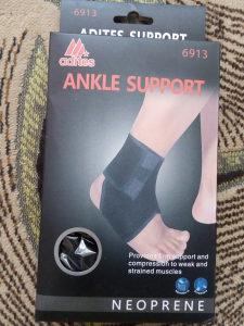 Neopranski steznik za zglob noge