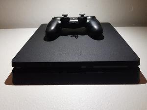 Sony PlayStation 4 - PS4 Slim 500 GB AKCIJA!
