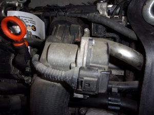DOZER KLPANA DIJELOVI VW CADDY 1.6 TDI 2011 03L1280630