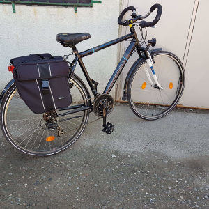 Bicikl bicikli MCKENZIE cestovni profi sa torbama