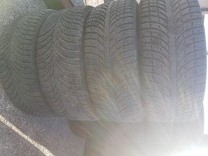 235/55 R18 Michelin