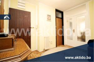 - Trosoban stan na 1.spratu, Borik, Banja Luka