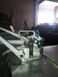 Masina za vezanje paleta pp trakom