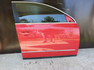 Prednja desna vrata Passat 6 B6