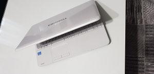 TOSHIBA SATELITE- L850 i5-3210M  2.50gh
