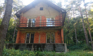 Kuću na jezeru Modrac